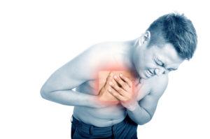 Болит под правым боком и больно дышать