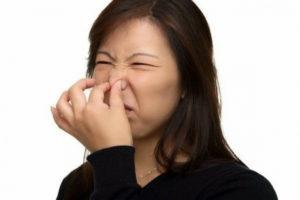 Часто чувствую неприятные запахи