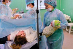 Какой срок должен пройти от первого кесарева до следующих родов