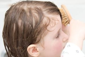 Ломаются пополам волосы у ребенка