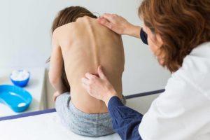 Искривления позвоночника, боли в спине