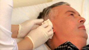 Как проводить туалет уха после операции