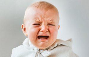 Кашель во время плача