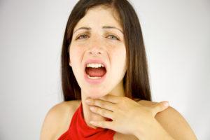 Боль в горле и пропал голос