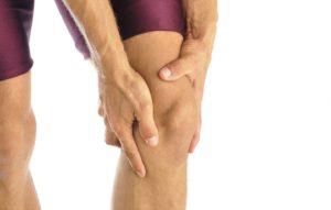 Болит колено и чуть выше колена