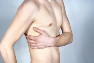 Болит левая грудь сбоку