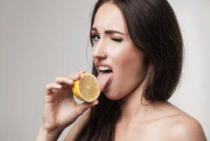 Кислый привкус во рту и головные боли